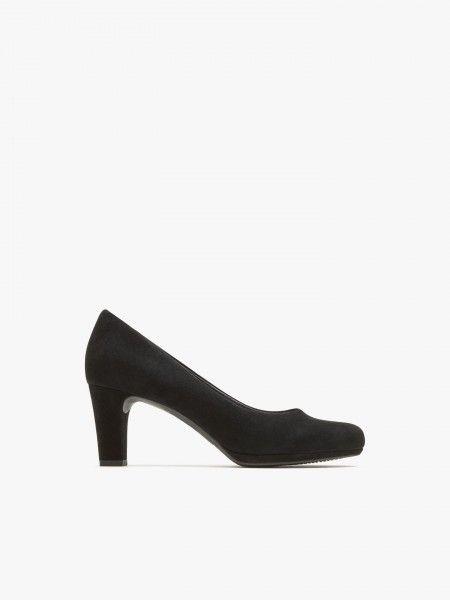 Sapato de salto alto básico