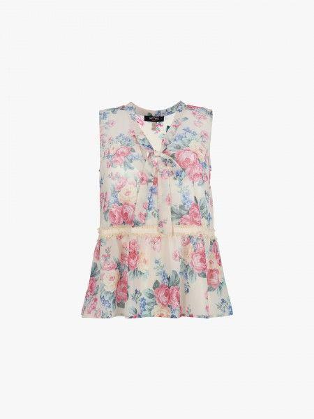 Blusa de padrão floral