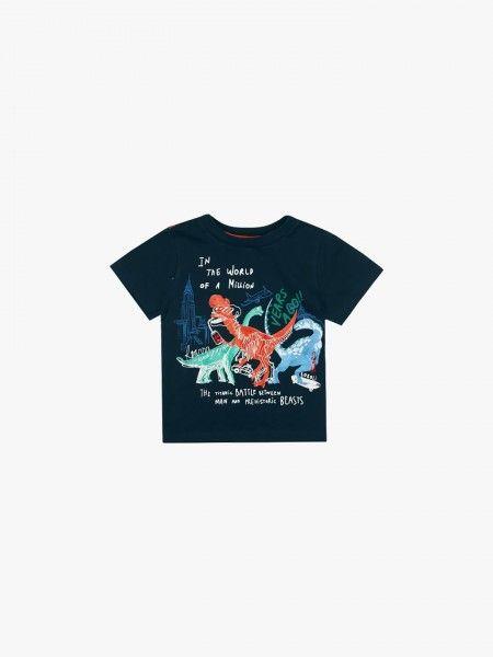 T-shirt com dinossauros