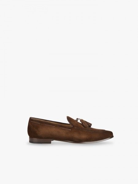 Sapato em camurça