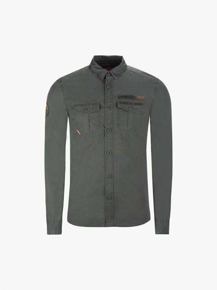 Camisa desportiva com bolsos
