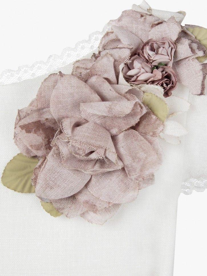 Vestido de comunhão com flores