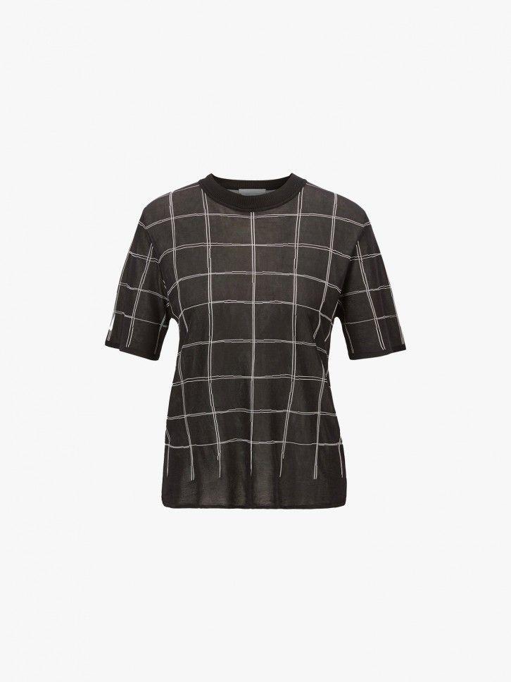 T-shirt ao xadrez