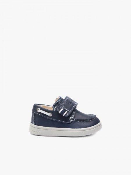 Sapato de velcro