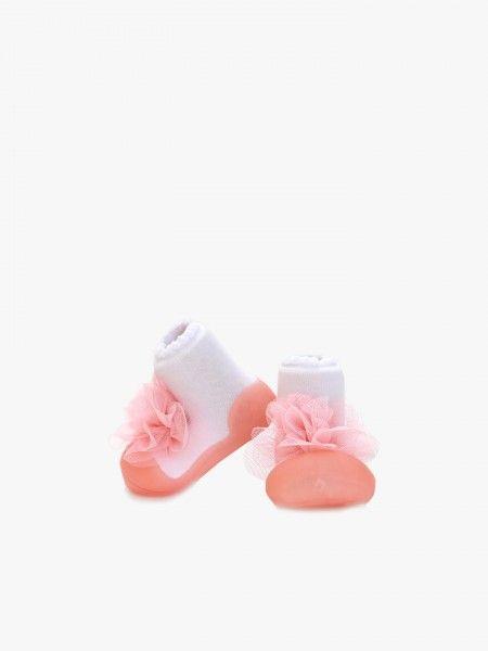 Sapato de bebé com aplicação