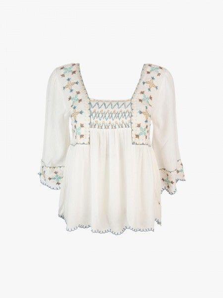 Blusa floral bordada
