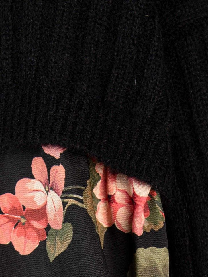 Casaco malha com estampado floral