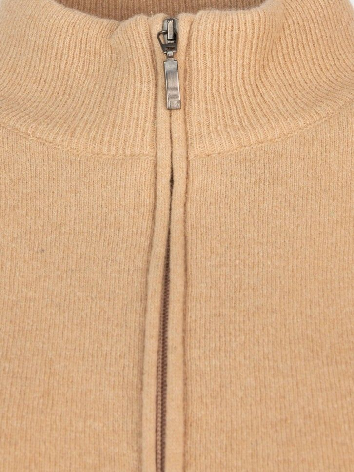 Casaco de malha meia gola