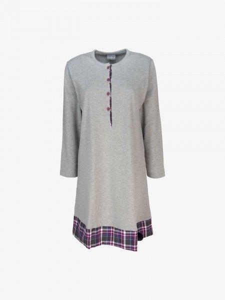 Camisa de noite abotoada