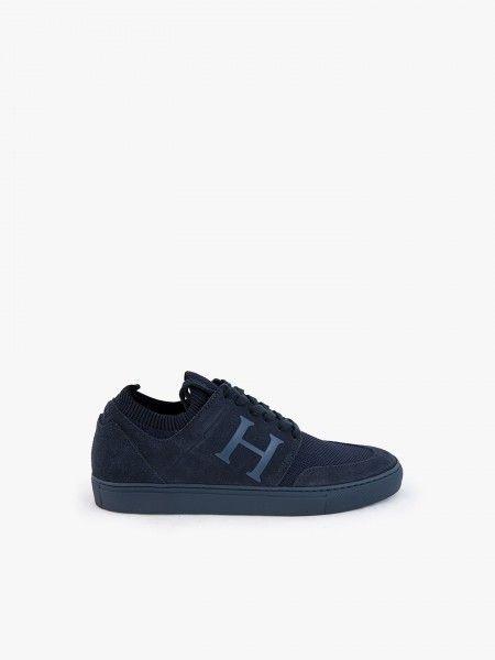 Sapatos em malha