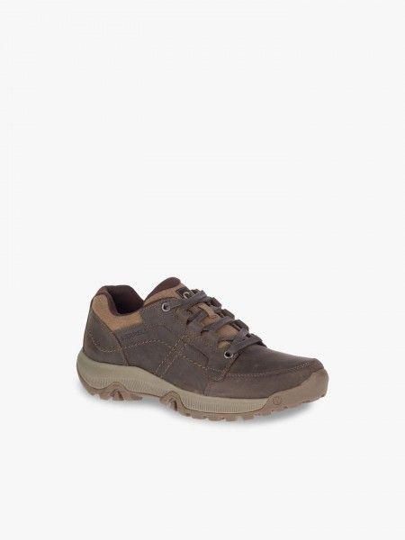 Sapatos de montanhis