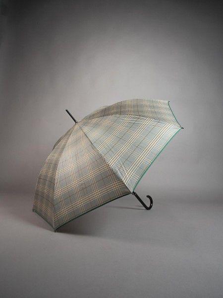 Guarda-chuva ao xadrez