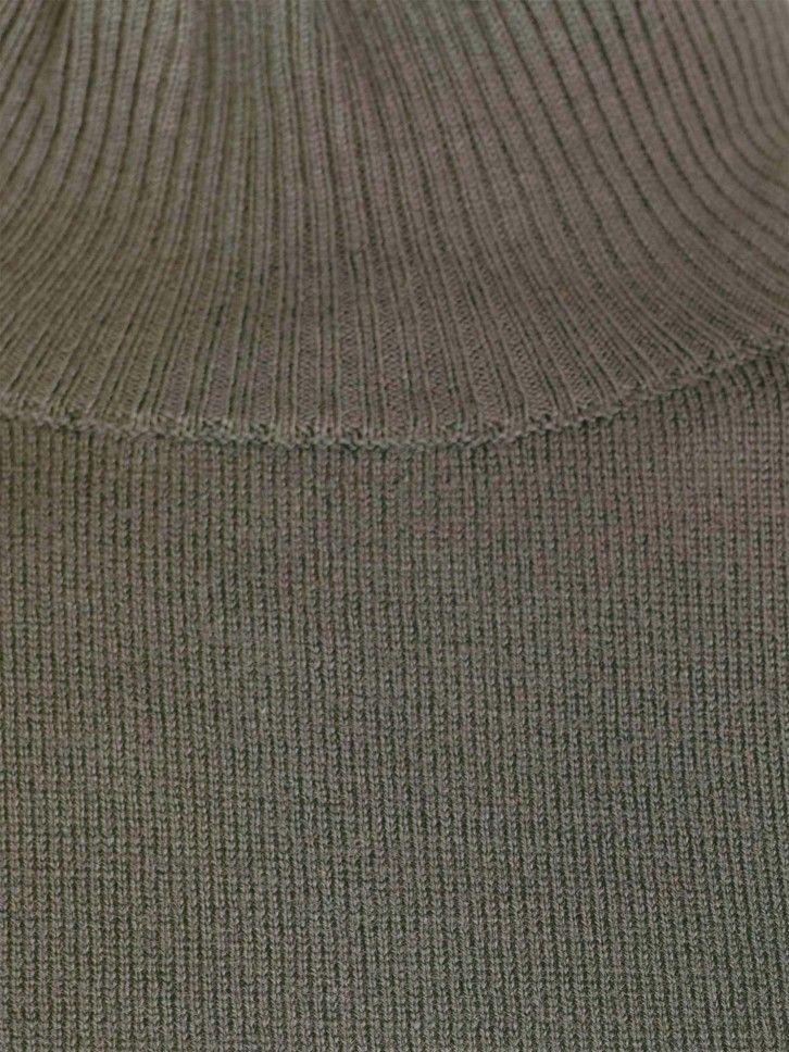 Camisola de meia gola básica