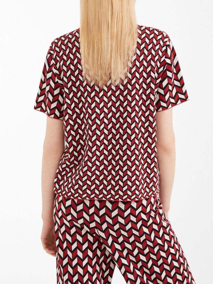 T-shirt com padrão geométrico