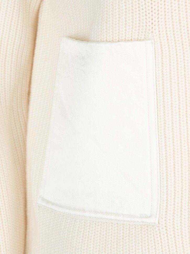 Camisola com bolsos