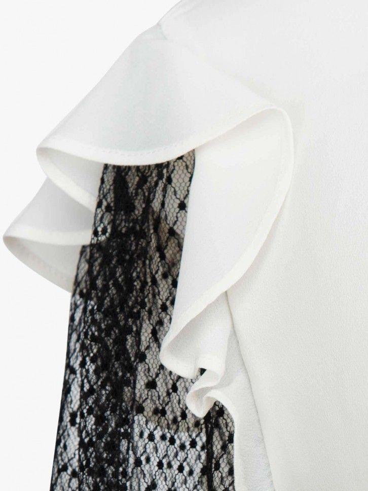Blusa mangas rendadas