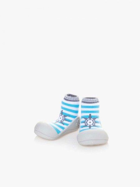 Sapato de bebé às riscas