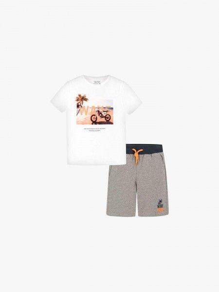 Conjunto t-shirt e calções
