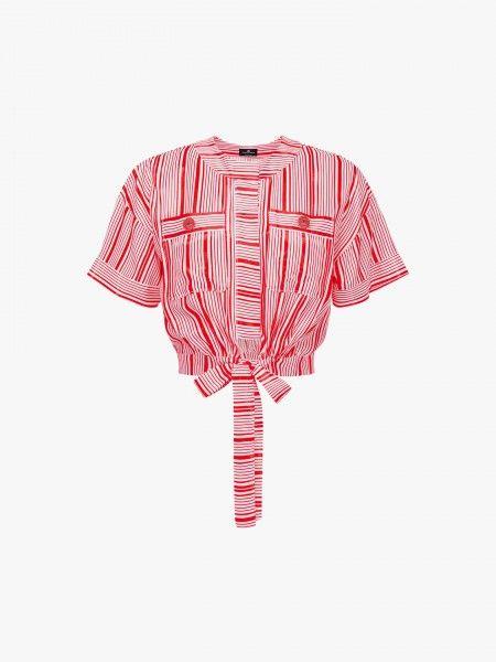 Blusa cropped com laçada