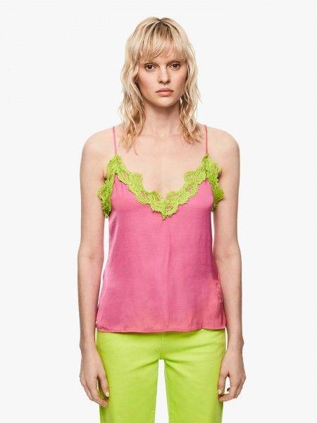 Top estilo lingerie Dua Lipa