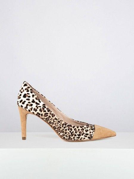 Sapatos de salto alto animal print