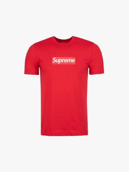 T-shirt com logo