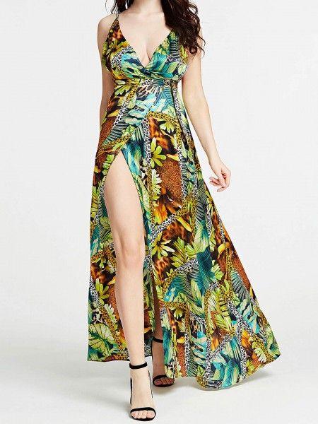 Vestido comprido com racha