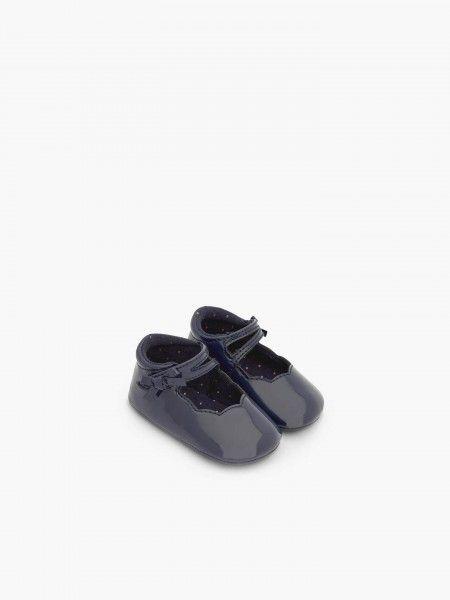 Sapatos efeito verniz