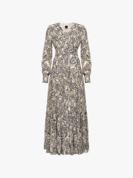 vestido comprido com padrão paisley