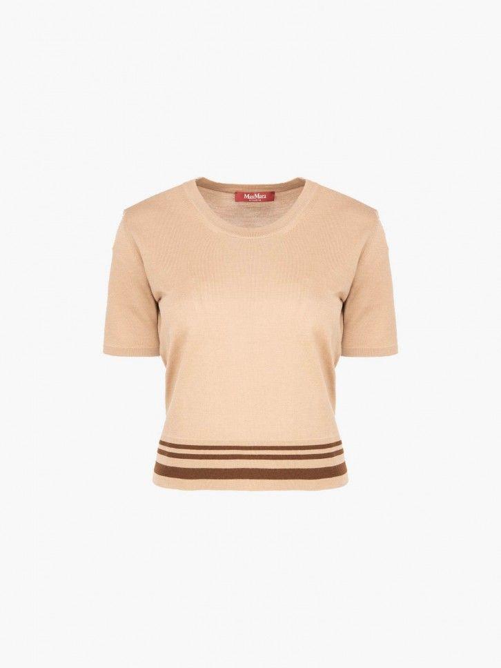 T-shirt em lã