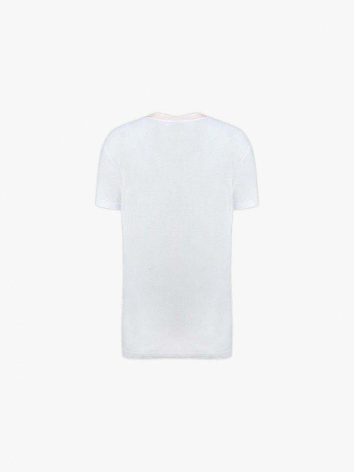 T-shirt com aplicação