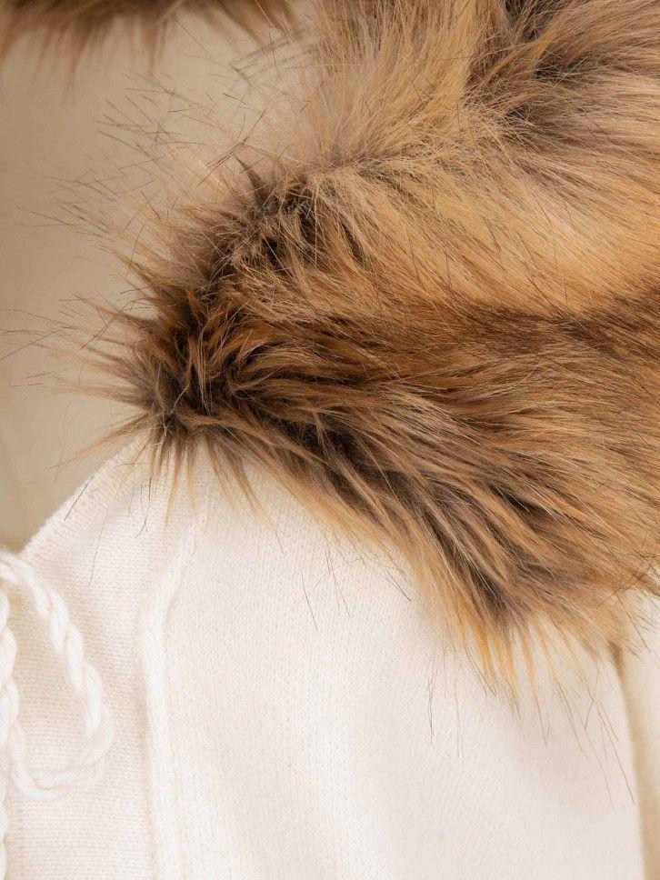 Casaco de Malha com Efeito de Pêlo