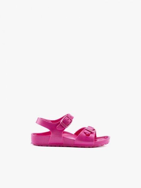 Sandálias com Fivelas