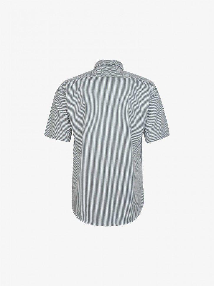 Camisa às Riscas