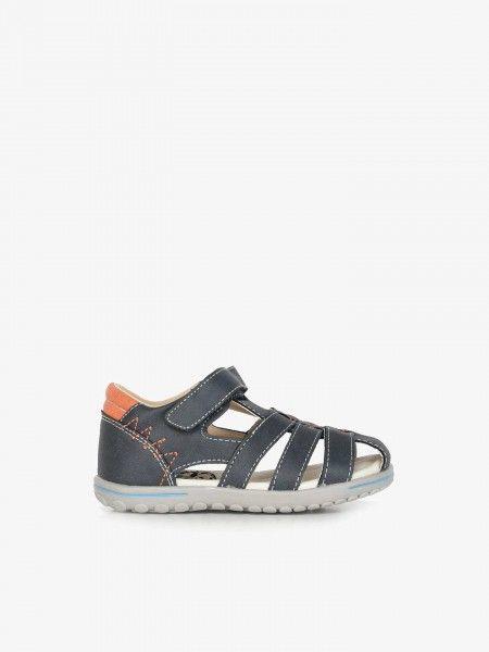 Sandálias Fechadas