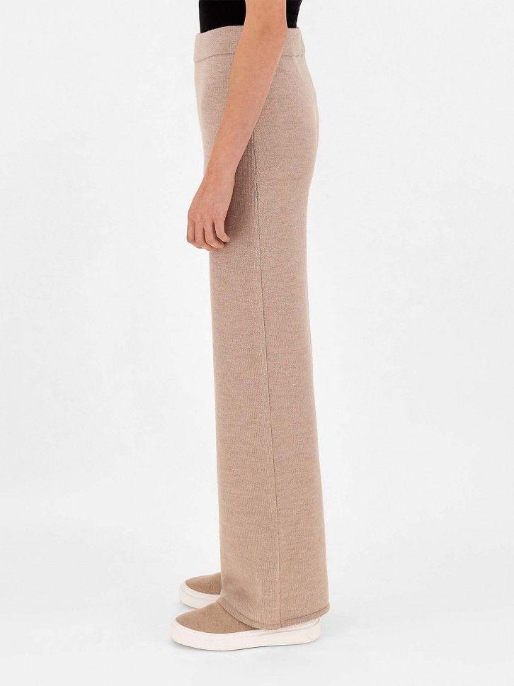 Calças Largas de Lã