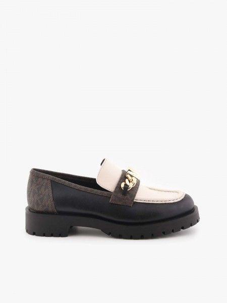 Sapatos com Aplique