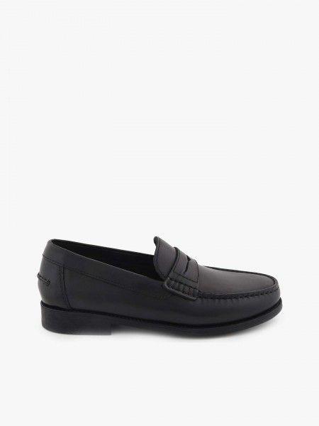 Loafers em Pele